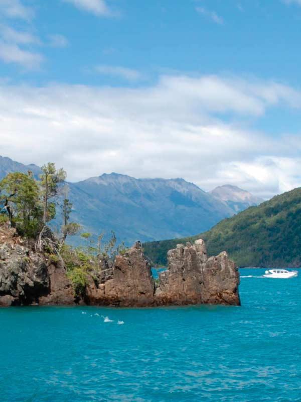 patagonian-kayak